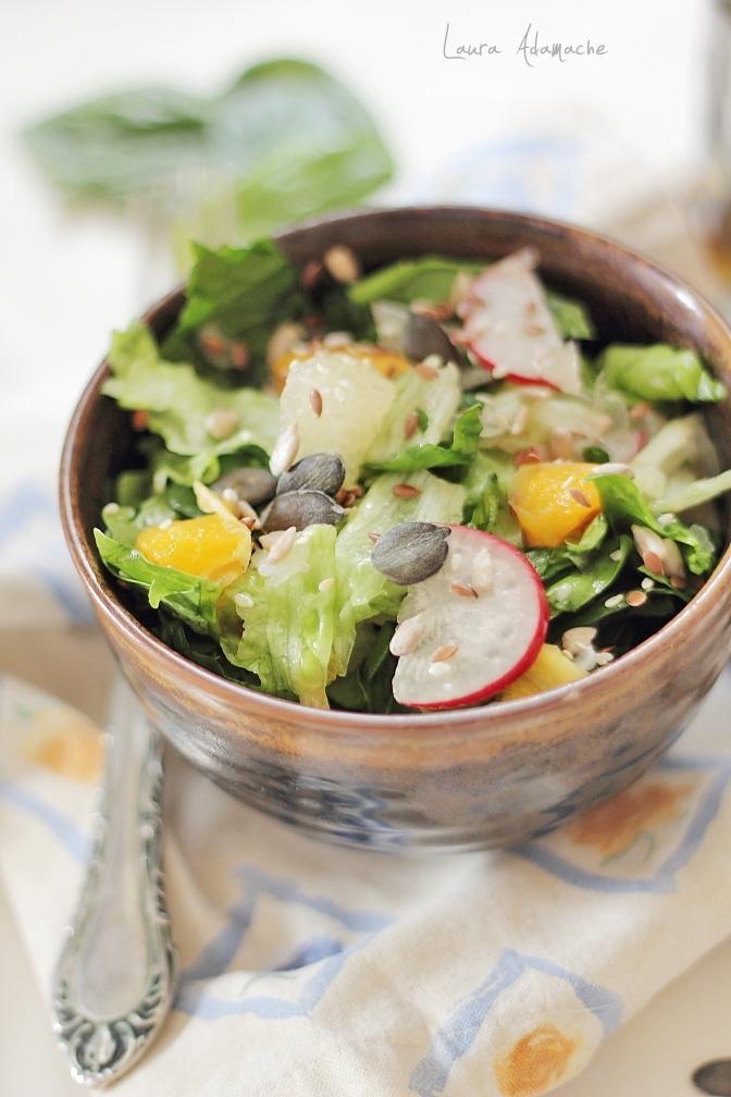Salată de spanac şi pomelo - retete Laura Adamache