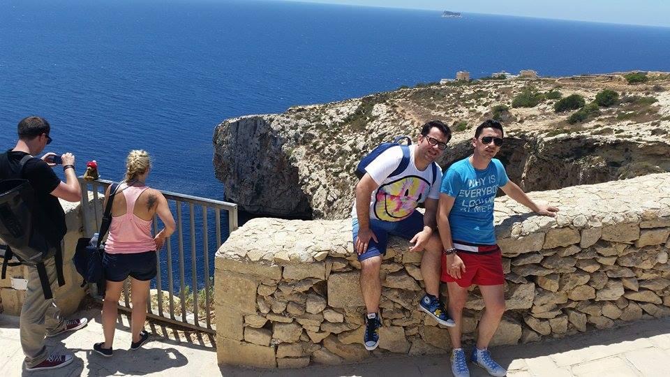 Popescu și Flick: Malta - www.elacraciun.ro