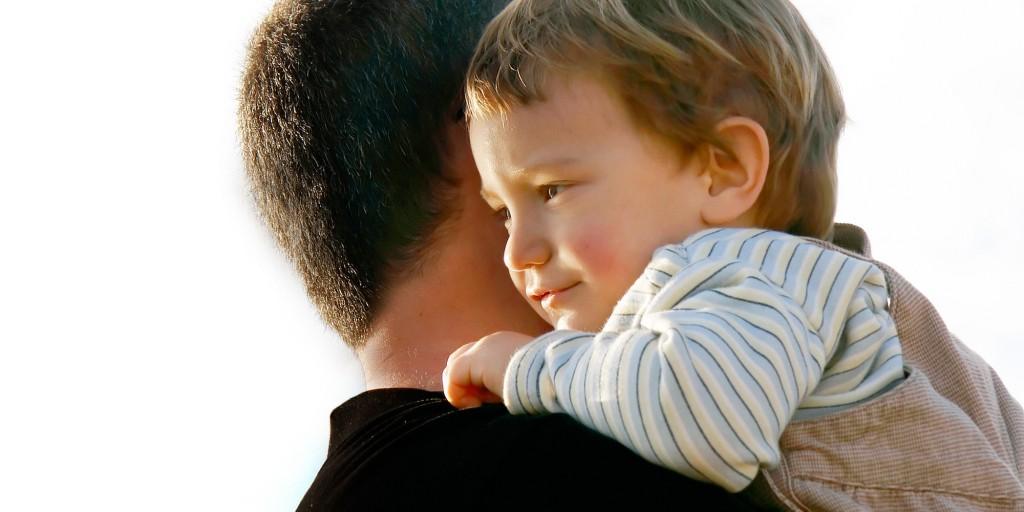 Copilul tău știe cine sunt părintii săi biologici?