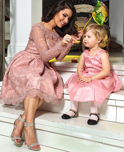Cum se imbraca mama si fiica de Revelion?