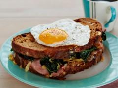 8 rețete inedite cu ouă pentru dimineți surprinzătoare