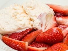 9 rețete de înghețată delicioase pe care le poți face la blender