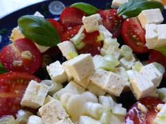 Gustoasă și sățioasă! Cea mai bună salată pentru o cină ușoară