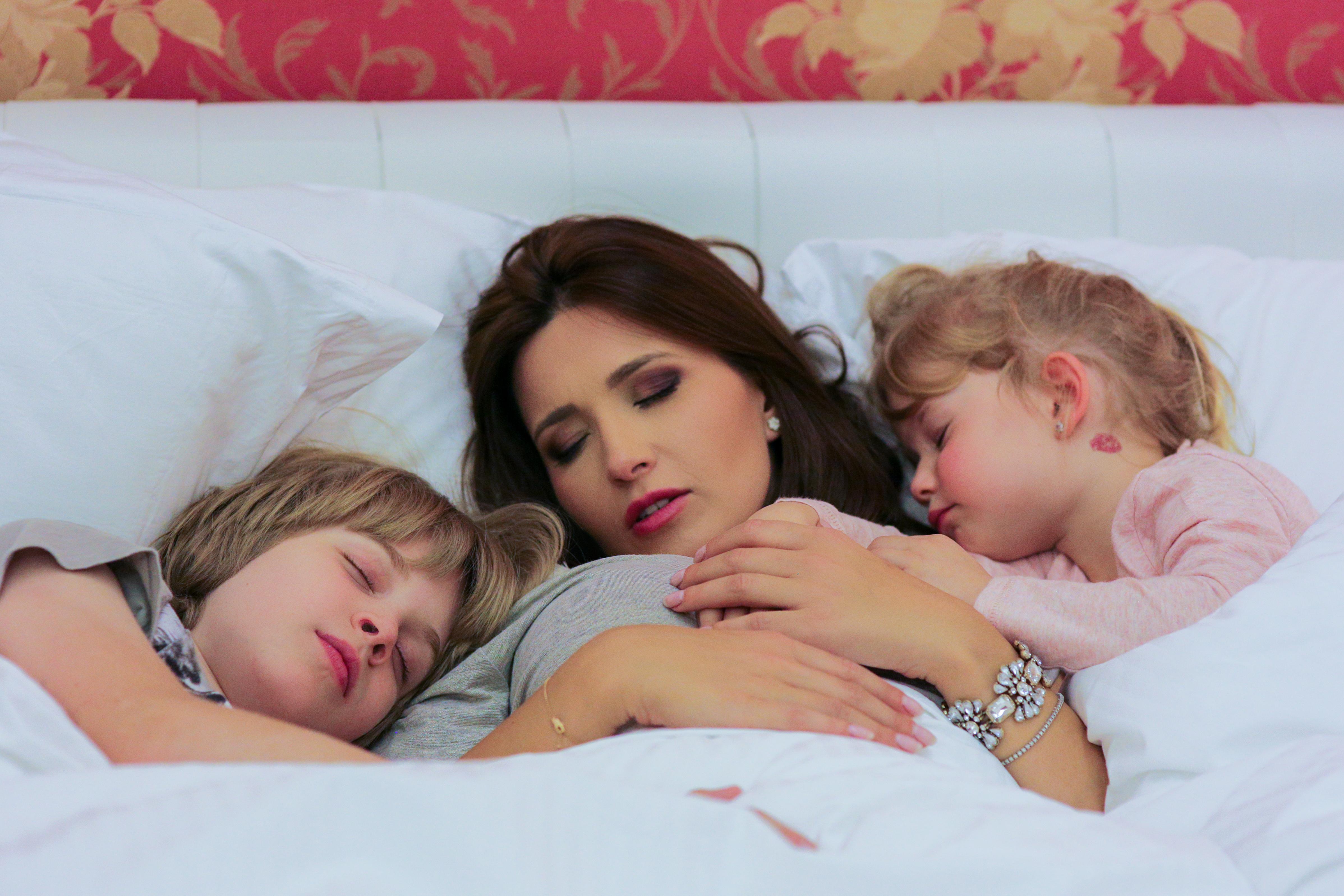 Cum ii adorm cand n-au somn: 5 reguli de aur