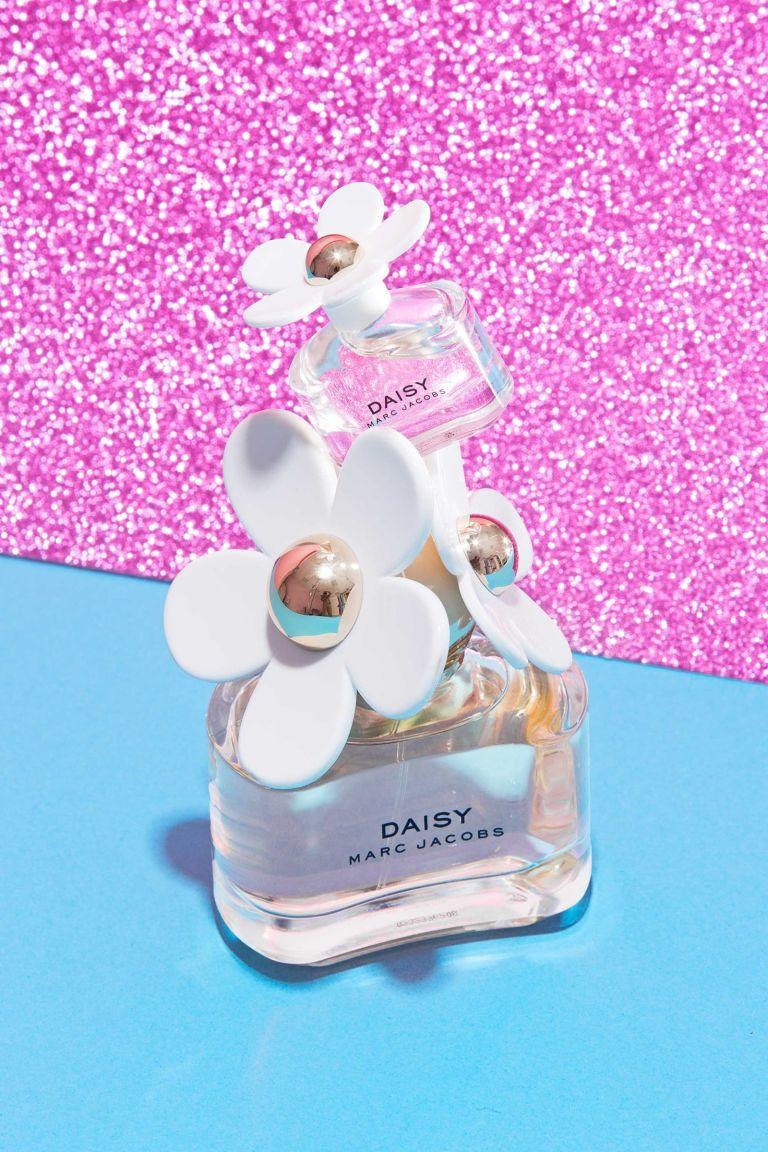 gallery-1470949575-fragrance