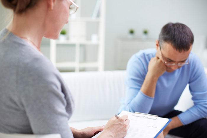 De ce ne este frică de psiholog?