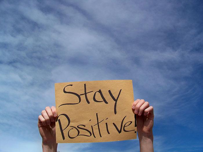 Gandeste pozitiv - www.elacraciun.ro