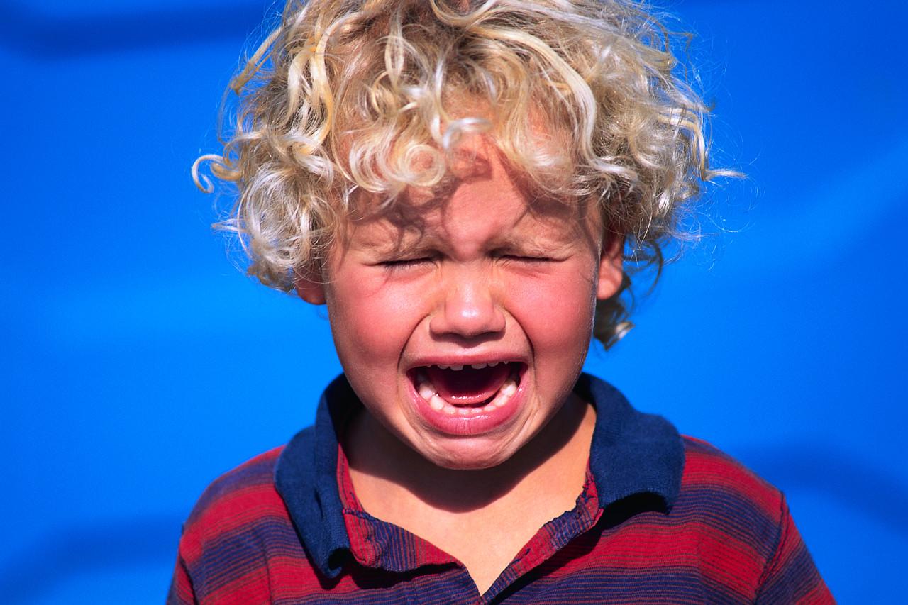 Ce faci când copilul încă plânge că nu vrea la grădiniţă?