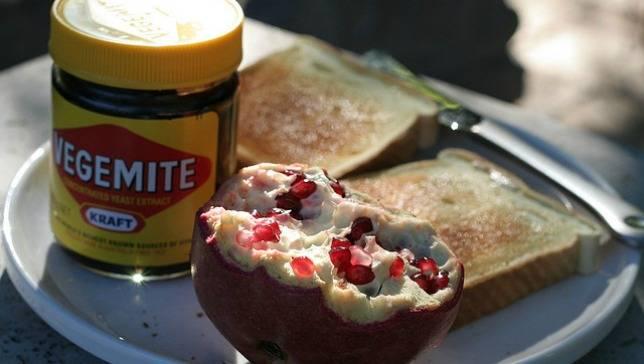 Australia-toast-vegemite