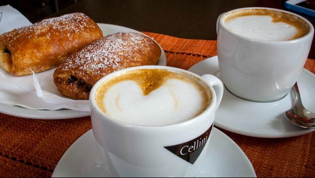 Italy-pastry-coffee