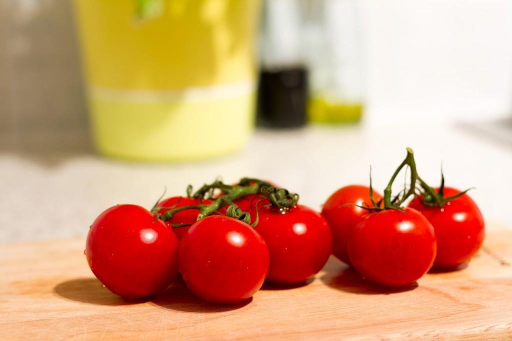tomatoes-681462_1280