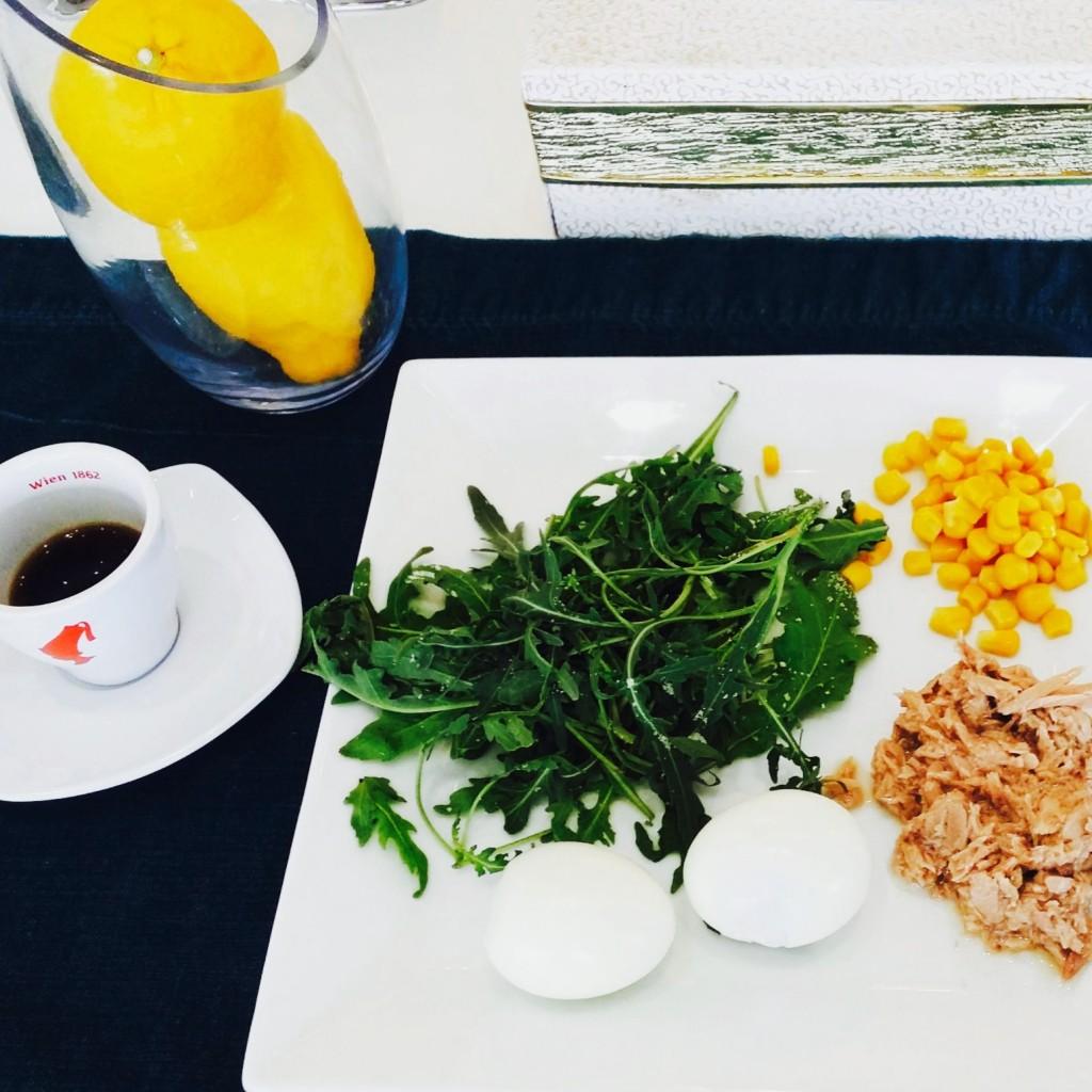 Mic-dejun de vreme rea