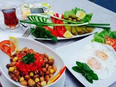 Mic-dejun libanez….à la carte