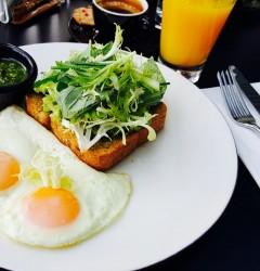 Mic-dejun din copilăria mea