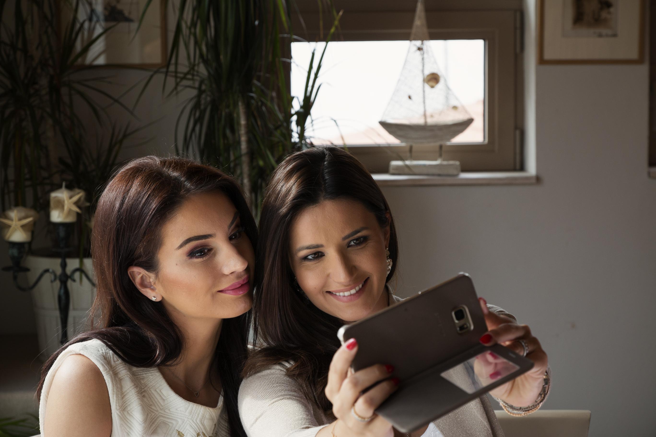 #iubeștEL, cea mai îndrăgostită campanie: day one, cu Geanina Ilieș