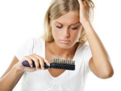 12 motive pentru care îți cade părul