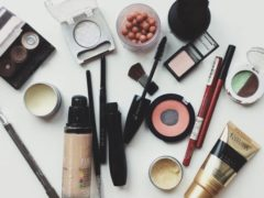 7 produse de frumusețe la care ar trebui să RENUNȚI