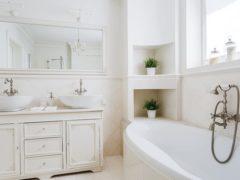 Cum să faci baia să pară mai mare