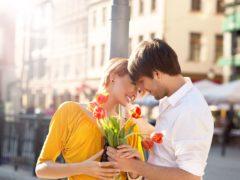 Cum faci un bărbat să se îndrăgostească de tine în 5 pași