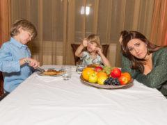 10 tipuri de mâncare de care se feresc copiii
